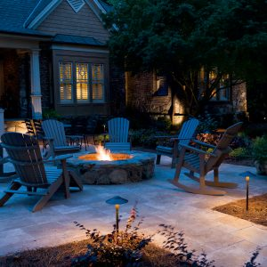 outdoor lightying services